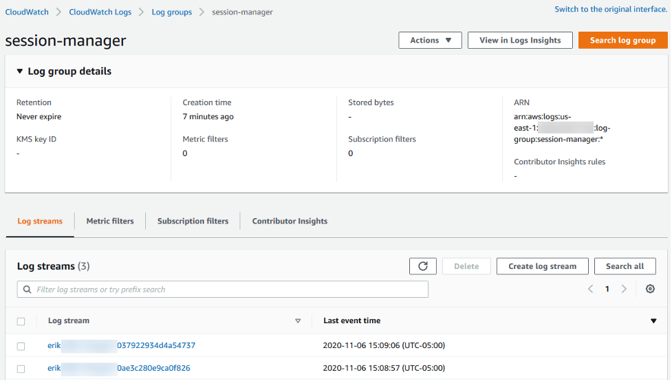 The log group details include Retention (Never expire), Creation time (7 minutes ago), Metric filters (0), Subscription filters (0), ARN, and more.