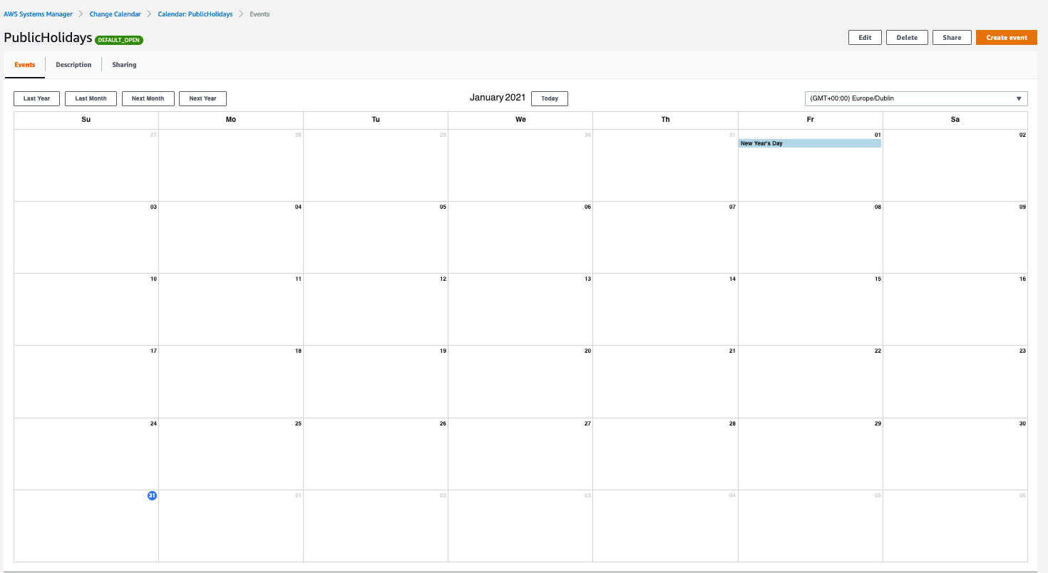 The PublicHolidays calendar is displayed for January 2021.