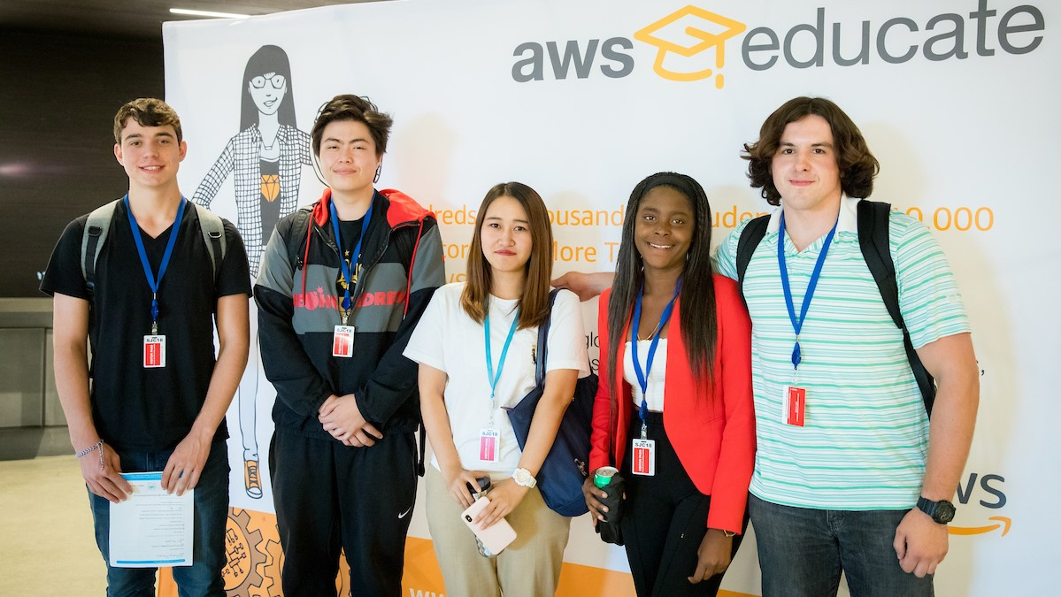 AWS Educate hosts an event inviting Bay Area educators spanning K-12 and community colleges to introduce a program that would train faculty and students in Cloud Computing at the AWS offices in East Palo Alto, California on Thursday, September 12, 2019. (© Photo by Jakub Mosur)