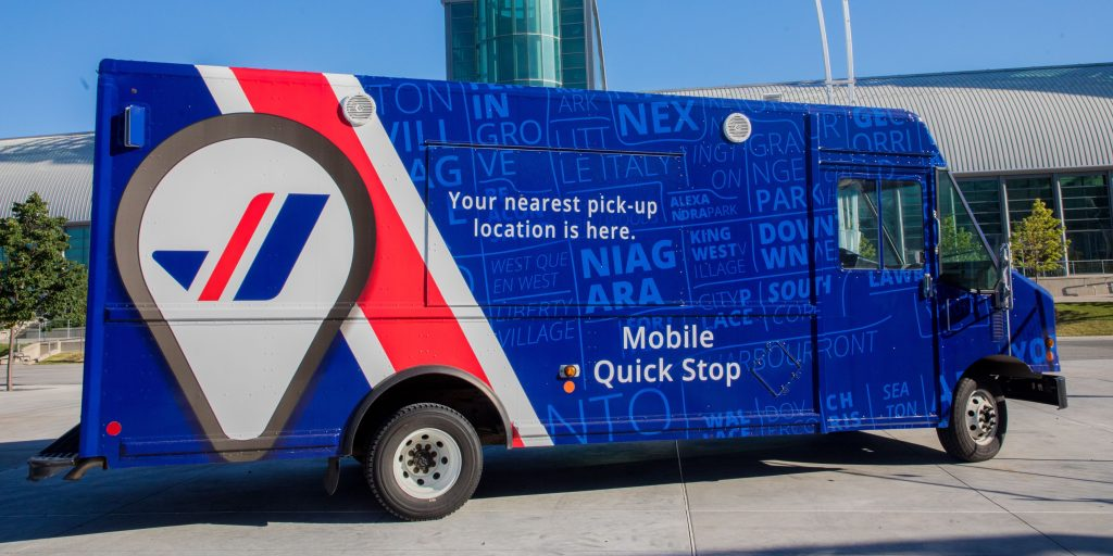 Purolator courier delivery vehicle