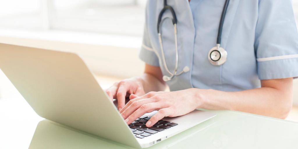 Telemedicine nurse on laptop