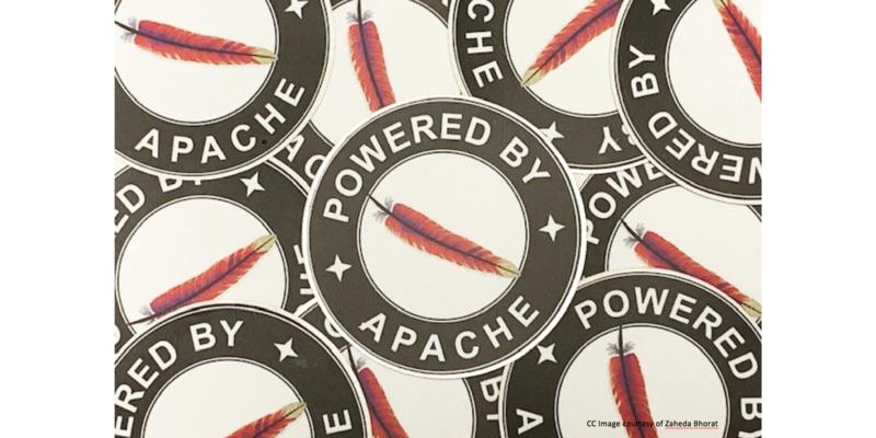 Apache 羽毛标志。