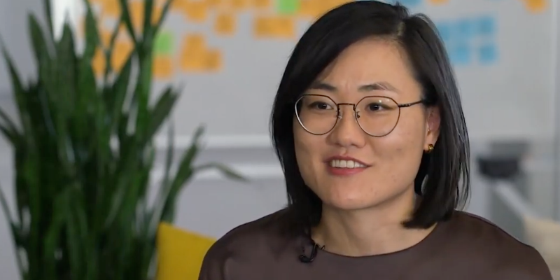 Sarah Nahm, CEO of HR tech startup Lever, shows what a day in the life of a CEO is like.