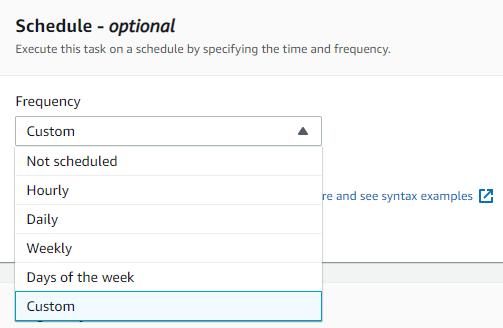 [スケジュール] オプションで、次のスクリーンショットに示すように、AWS DataSync タスクを実行するタイミングを指定できます。