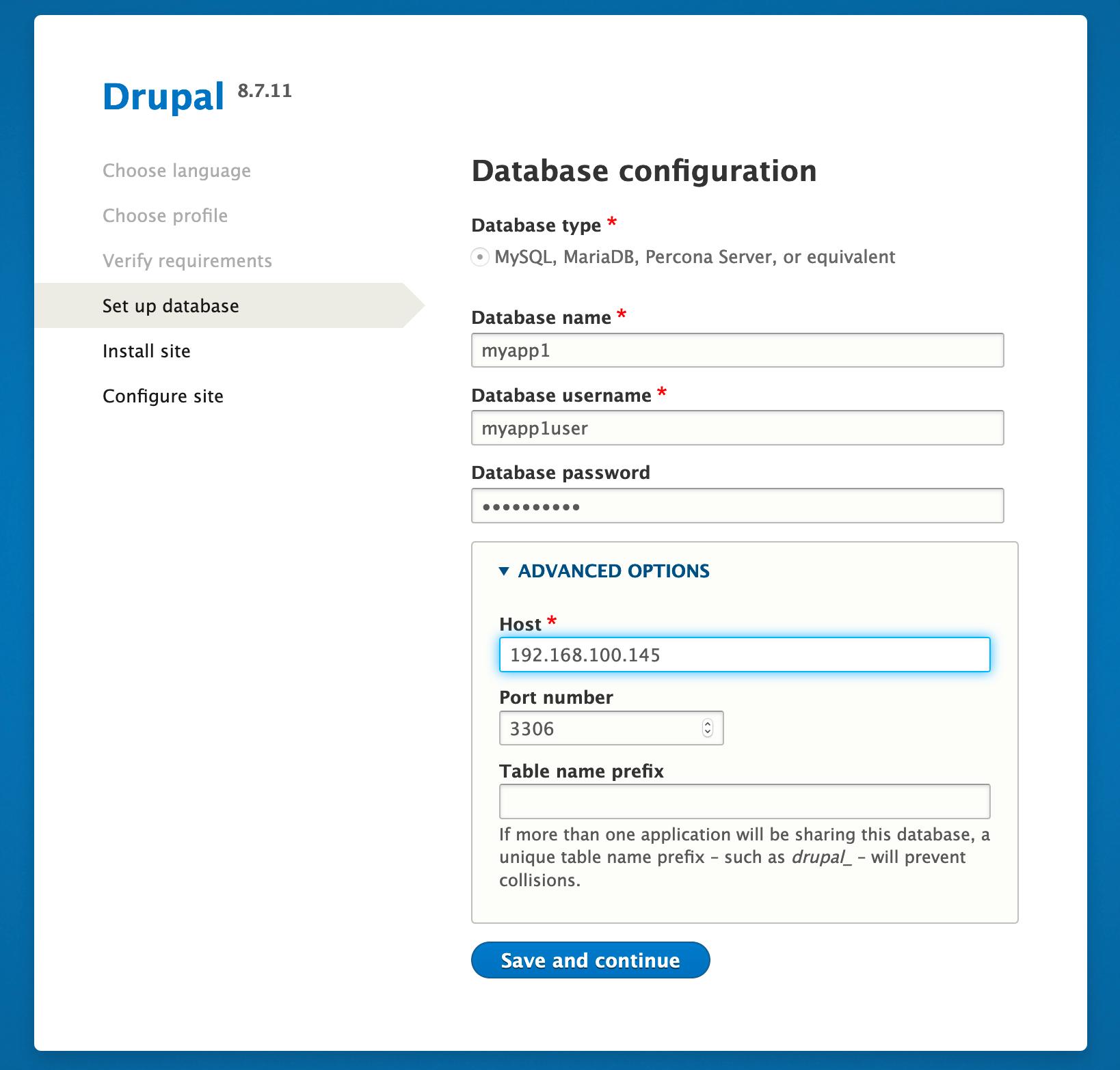 [Next] をクリックしてインストールを確認し、データベースの [Advanced Options]で、MySQL データベース、ユーザー、およびパスワード情報を指定します。